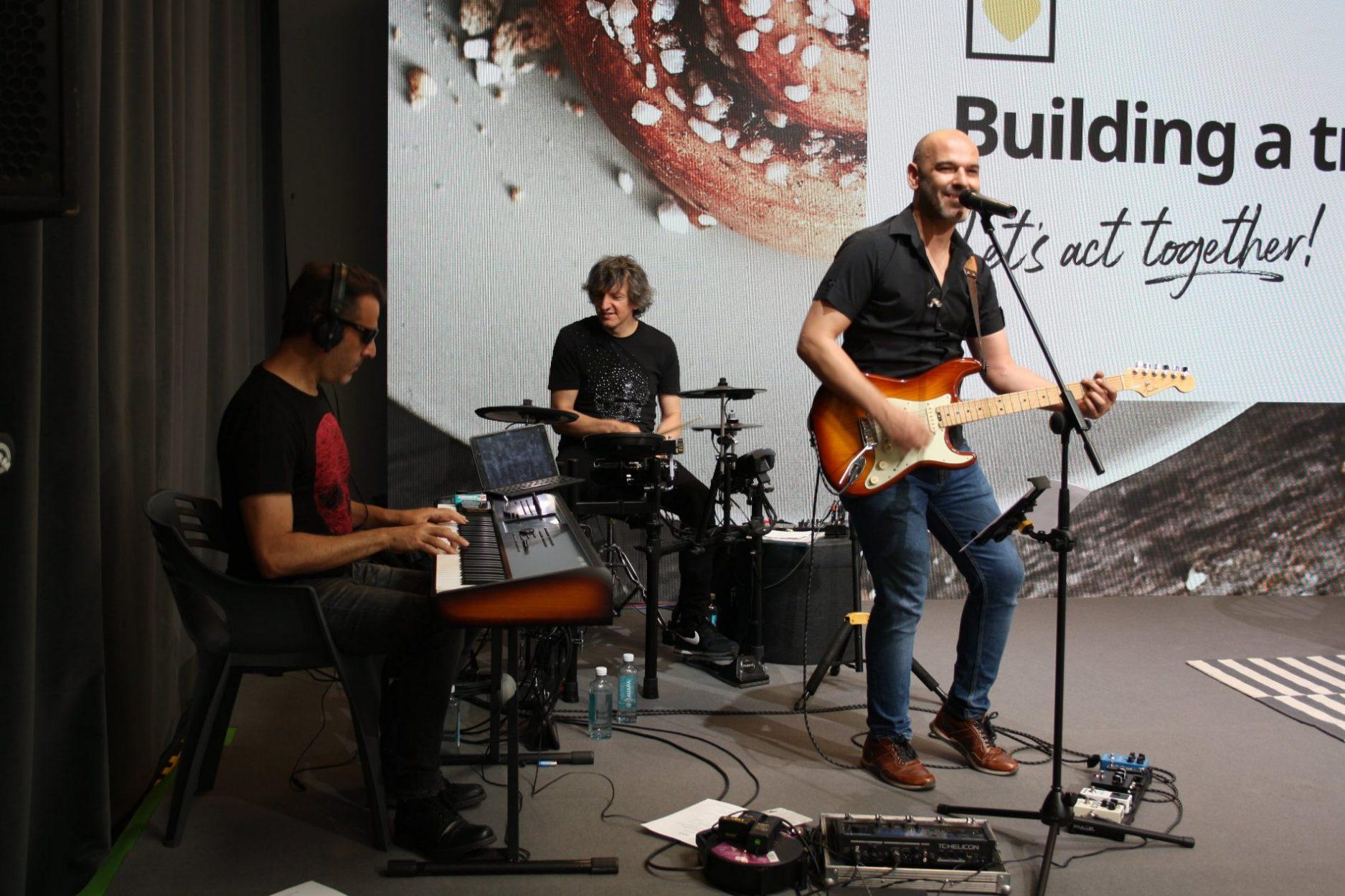 Actuación musical en evento de IKEA