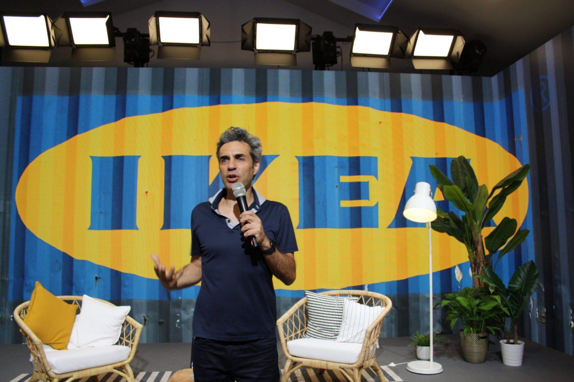 Dani delacámara en evento de IKEA.